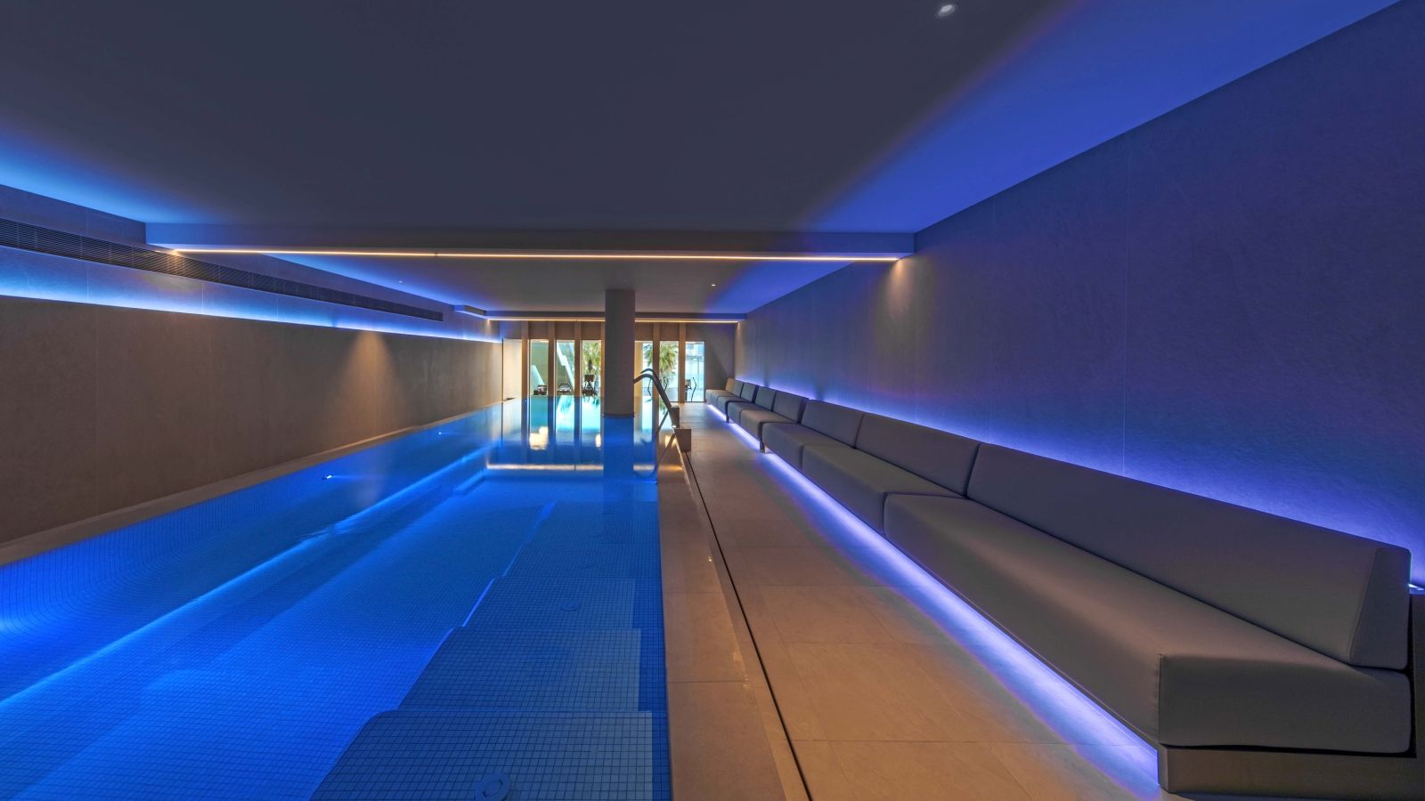 New Getaway indoor swimming - and relaxation area at Bliss Spa Barcelona